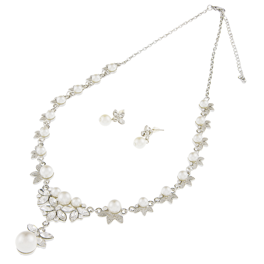 Pearl and Crystal wedding necklace earring set